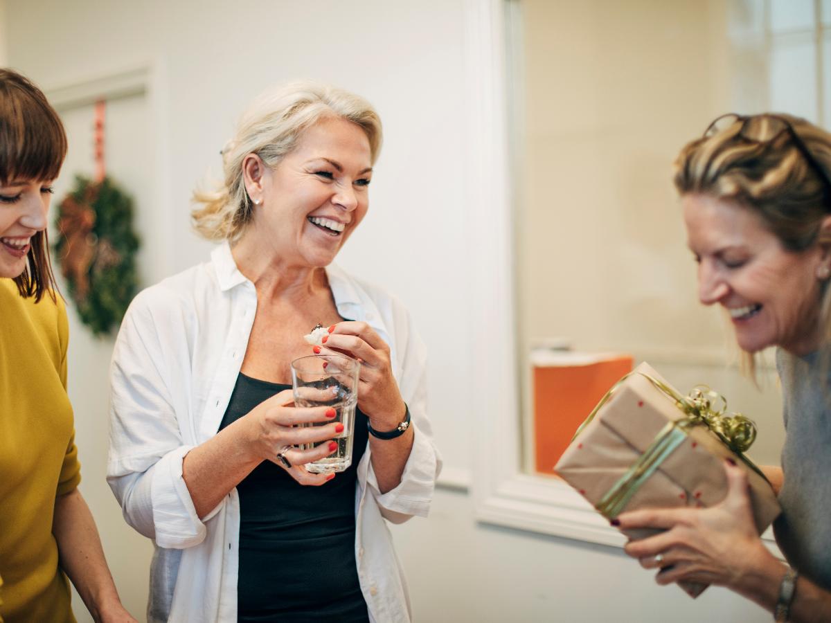 7 non-work employee gift opportunities