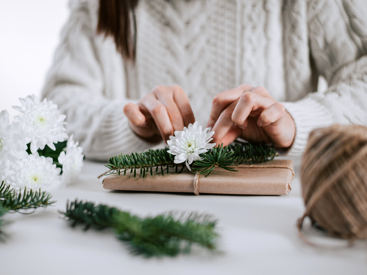 7 ways to level-up your gift presentation